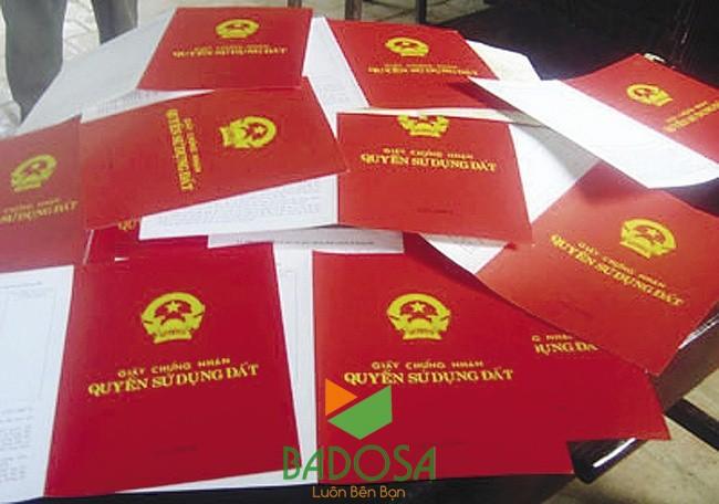 Chi phí làm sổ đỏ, Làm sổ đỏ, Chi phí làm sổ đỏ hết bao nhiêu tiền, Giấy chứng nhận quyền sử dụng đất, Luật đất đai 2013